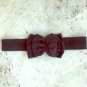 Vintage OMEGA Elastic Bow Belt